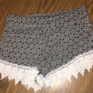 Pants - Fabric shorts
